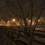 Pedestrian bridge at night. Suzdal, Russia. — Stock Photo
