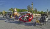 Bicycle taxi awaiting passengers. — Stock Photo