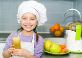 Girl making fresh juice — Stock Photo