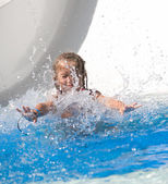 Little girl at aquapark — Stockfoto