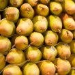 Pears at the market — Stockfoto