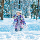 Little girl outside in winter — Stock Photo