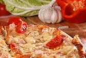 Pizza a fette — Foto Stock