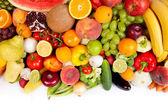 Stor grupp av färska grönsaker och frukter — Stockfoto