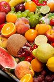Grupo enorme de frutas e legumes frescos — Foto Stock