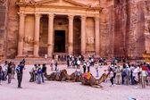 Al khazneh o el tesoro en petra, jordania — Foto de Stock