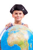 Jongen houden een globe — Stockfoto