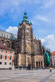 The west facade of St. Vitus Cathedral in Prague Czech Republic — Foto Stock