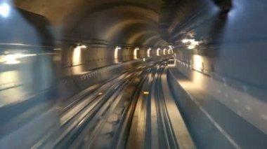 Dubai Metro — Stock Video