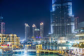 Dubai downtown night scene — Stockfoto