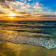 Dubai sea and beach, beautiful sunset at the beach — Foto de Stock