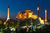собор святой софии в стамбуле турция ночью — Стоковое фото