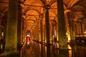Underground Basilica Cistern (Yerebatan Sarnici) in Istanbul — Stock Photo
