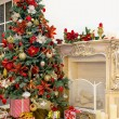 Christmas tree in modern interior living room — ストック写真