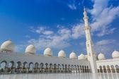 Abu dhabi mezquita sheikh zayed blanco — Foto de Stock