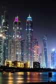 Cityscape in dubai marina, vereinigte arabische emirate — Stockfoto