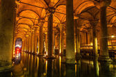 Underground Basilica Cistern (Yerebatan Sarnici) in Istanbul, Turkey. — Stock Photo