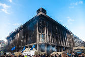 Ukrainian revolution, Euromaidan after an attack by government f — Stock Photo