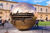 Sphere within sphere in Courtyard of the Pinecone at Vatican Museums — Stock Photo