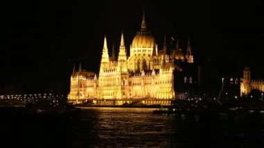 Hungarian Parliament in Budapest by night — Stock Video