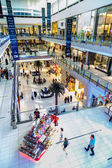 Interior View of Dubai Mall - world's largest shopping mall — Stock Photo