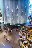 Waterfall in Dubai Mall - world's largest shopping mall — Stock Photo