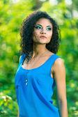 Portrait of a beautiful brunette woman outdoors — Стоковое фото