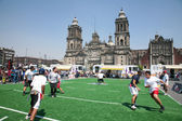 Rugby players on Zocalo in Mexico City — Stockfoto