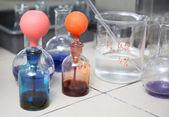 Balão em um laboratório de farmacologia — Foto Stock