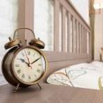 réveil vintage bronze — Photo