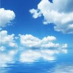 Cloudscape and sea — Stock Photo