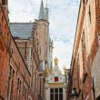 Medieval architecture in the city of Bruges, Belgium — Stock Photo