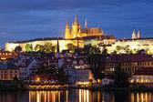 Night view of Prague - river Vltava, Gradchany, St. Vitus cathedral — Stock Photo