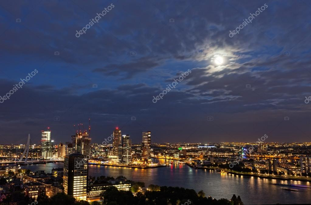 View of Rotterdam from height of bird's flight at night — Stock Photo #14080864