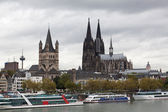 View of Cologne and the Cologne cathedral at the day time — Stock Photo