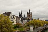 Rhine River Embankment in Cologne in the autumn in cloudy day — Stock Photo
