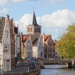 BRUGES, BELGIUM - SEPTEMBER 29: Classical view of the medieval city , Bruges, Belgium, 29.09.2012. Bruges  the main town of the Belgian province the Western Flanders — Stock Photo