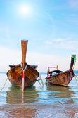 Tradicional longtail boat, krabi, tailandia — Foto de Stock