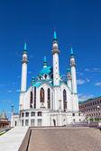 Mosquée sharif qv à kazan, russie contre le beau ciel — Photo