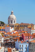 Lisbon, view of Alfam's region and Santa Engrassiya's (Pantheon) church. — Foto de Stock