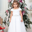 Girl with Christmas tree — Stockfoto #36505289