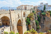 New bridge and houses on the edge of an abyss in the city Rhonda, Spain — Stock Photo