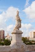 Valencia, sculpture on Pont de la Trinitat Bridge — Stock Photo