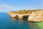 Praia de Benagil beach on atlantic coast, Algarve, Portugal — Stock Photo