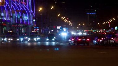 City automobile traffic at night, timelapse — Stock Video