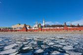Kremlin de moscú en un día soleado de primavera — Foto de Stock