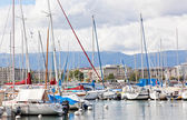 Yachts on the lake in Geneva — Stock Photo