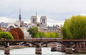 Seine Embankment in Paris — Stockfoto
