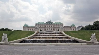Belvedere palace in Vienna — Stock Video