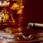 Постер, плакат: Cigar and Whiskey